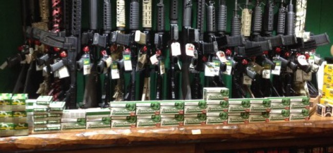 Es para mi protección y la de mi familia, dicen los compradores de armas en EE.UU.