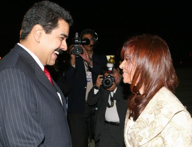 Argentina sigue el camino de Venezuela